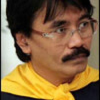 Adhyaksa Dault